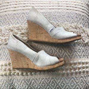 Toms Canvas Peep Toe Wedge Sandals Sz 7